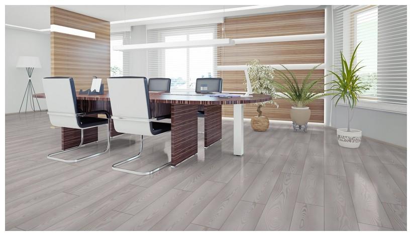Ламинат 34 класса в интерьере офиса