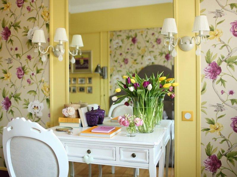 Весенний интерьер-дизайн квартиры с цветами
